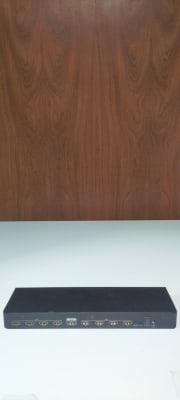 最大8台まで同時表示可能なHDMIの分配器もご用意しております。 プレゼンやeスポーツ大会に! - レンタルルーム[シアター] 防音レンタルルームの設備の写真
