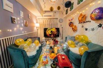 ココリアElen横浜みらい とってもおしゃれな大人スペースの室内の写真