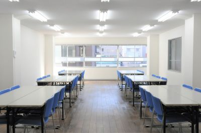 NATULUCK神田駅東口 大会議室の室内の写真
