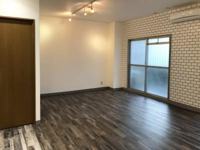 ちょっとした、着替えなら前室で可能です。レンタルスタジオULTRA。 - レンタルスタジオ ウルトラ Studio ULTRAの室内の写真