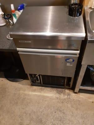 製氷機ございます。 - Rental room CASK カラオケ付きレンタルルームの設備の写真