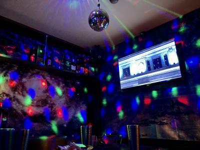 JK Lounge 横川駅前 カラオケバー♫の室内の写真