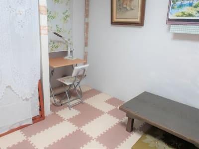 事務作業配置 - 東海ビル金沢  ヨガ,整体,学習,1F小個室の室内の写真