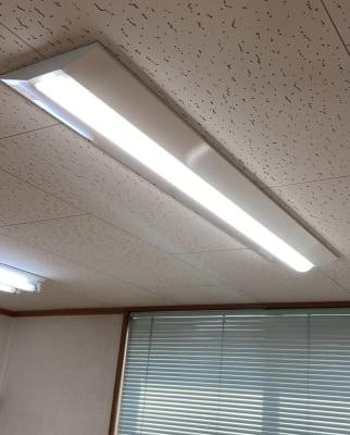 照明をLEDに交換して明るくなりました! - レンタルスタジオアヌビス レンタルの室内の写真