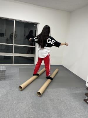 Lii danceダンススタジオ 個室のリノリウムダンススタジオの設備の写真