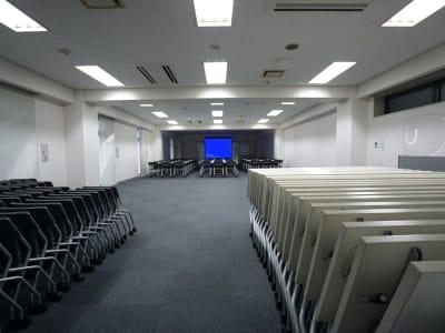 名古屋会議室 ナカトウ丸の内ビル店 【初回限定】第1会議室 〜60名の室内の写真
