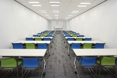名古屋会議室 プライムセントラルタワー名古屋駅前店 【初回限定】第2会議室の室内の写真