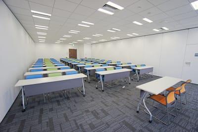 名古屋会議室 プライムセントラルタワー名古屋駅前店 【初回限定】第4会議室の室内の写真