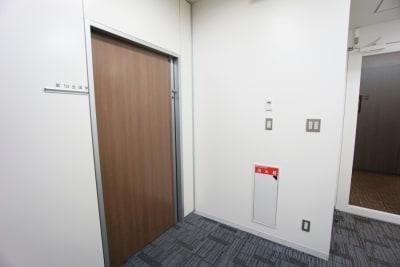 名古屋会議室 プライムセントラルタワー名古屋駅前店 【初回限定】第13会議室の入口の写真