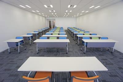 名古屋会議室 プライムセントラルタワー名古屋駅前店 【初回限定】第14会議室の室内の写真