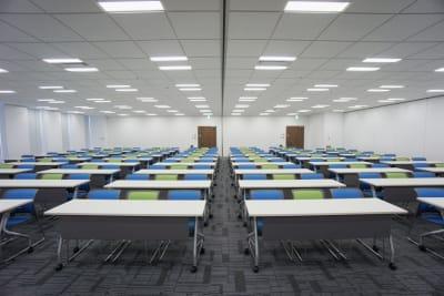名古屋会議室 プライムセントラルタワー名古屋駅前店 【初回限定】第4+5会議室の室内の写真
