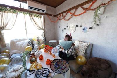 季節ごとの装飾品を無料で貸し出しします🎃パーティーの記念により可愛く飾っちゃいましょう❤ - Cocoro house_01  キッチン・シャワー付きスペースの室内の写真