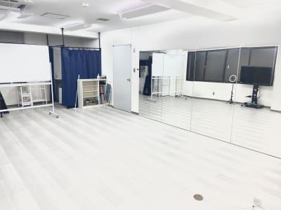 レンタルスタジオ西中島南方2号店 西中島レンタルスタジオプラス2号の室内の写真