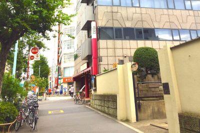 新宿レンタル会議室 SO! 3名用 小会議室の室内の写真