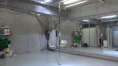 A-studio スタジオの室内の写真