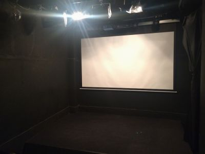 HEART-MEN STUDIO ライブハウスの室内の写真
