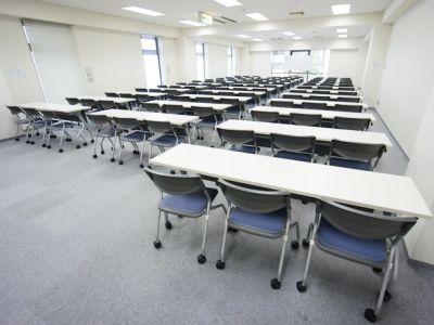 名古屋会議室 ナカトウ丸の内ビル店 第1会議室 (61〜100名)の室内の写真