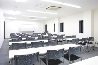 【名古屋駅】会議室アクションラボ 2F セミナールーム2Bの室内の写真