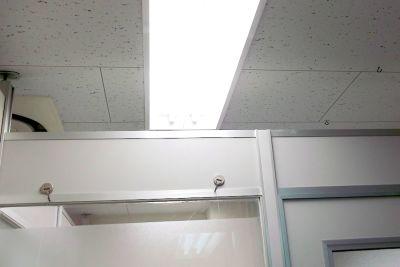 【新宿三丁目】KJ貸し会議室 小会議室の室内の写真