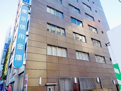 新宿ミーティングルーム スペースA 6名用会議室の外観の写真