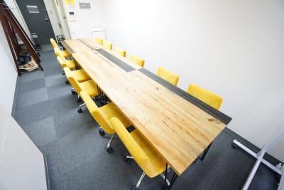 【ミックス会議室】 ミックス会議室の室内の写真