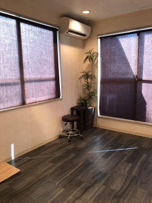 アイムプラス シェアサロンの室内の写真