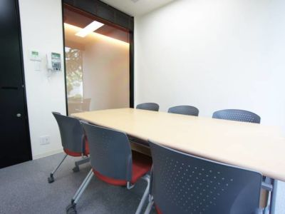 名古屋会議室 栄店 第408会議室(4階)の室内の写真