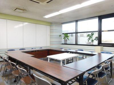 愛知会議室 トライアルビレッジ豊橋駅前店 会議室(5階)の室内の写真