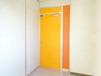 愛知会議室 ユメックスビル豊橋駅前店 会議室(8階)の入口の写真