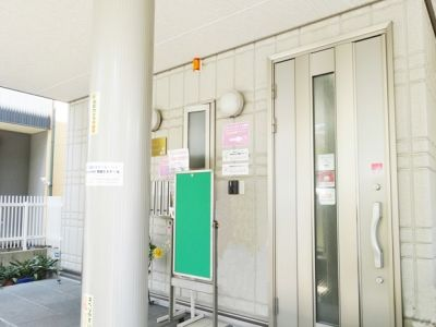 名古屋会議室 フローレンスさくら名駅店 第1会議室の入口の写真