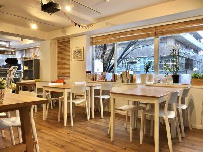 スタートアップカフェ レンタルスペース、レンタルキッチンの室内の写真