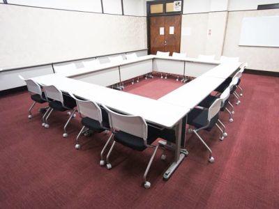 名古屋会議室 日本陶磁器センター 第三会議室の室内の写真