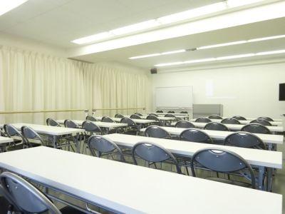 名古屋会議室 スタジオフィックス名古屋栄伏見店 5A(会議室)の室内の写真
