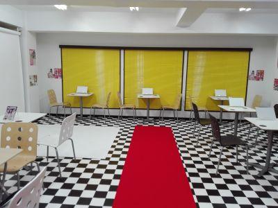 秋葉原イベントスペース「アキバ イベスペ」 レンタル撮影スタジオ・カフェスペースの入口の写真