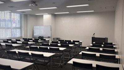 大阪会議室 NSEリアルエステート堂島店 A-1室(1階)の室内の写真