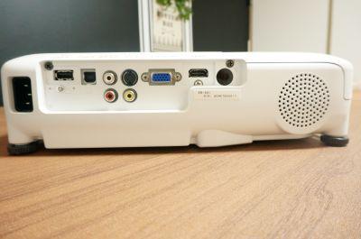 【ウッド会議室】 Wi-Fi/プロジェクター無料の貸し会議室♪の設備の写真