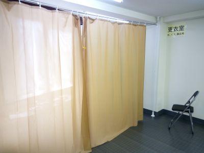 更衣室 - 北千住スタジオk 多目的ルーム, 格闘技道場、教室の設備の写真