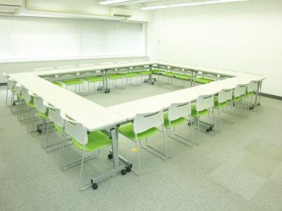 大阪会議室 若杉大阪駅前ビル店 第1会議室(7階)の室内の写真