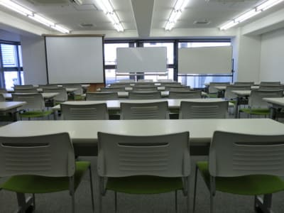 大阪会議室 若杉センタービル本館店 第1会議室(12階)の室内の写真