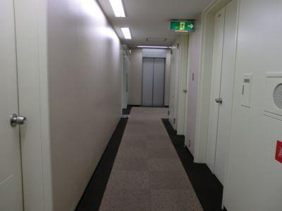大阪会議室 NSEリアルエステート梅田店 A室の設備の写真