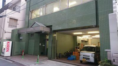 TH会場2階Aルーム 多目的スペース(会議室、セミナールーム)の入口の写真