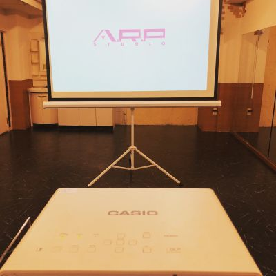A.R.P studio ダンス ヨガ スタジオ 舞台稽古場の設備の写真