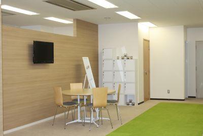 ダイフブリッジスタジオ レンタルスタジオ、多目的スペースの室内の写真