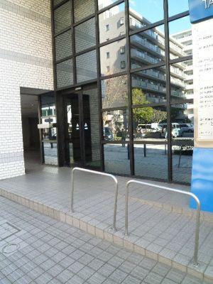 ダイフブリッジスタジオ レンタルスタジオ、多目的スペースの入口の写真
