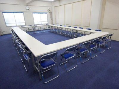 名古屋会議室 大須アメ横会議室店 第1会議室(4階)の室内の写真