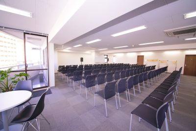 NATULUCK八丁堀駅前 大会議室の室内の写真