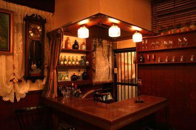 すたじお金魚 1Fスタジオスペースの室内の写真