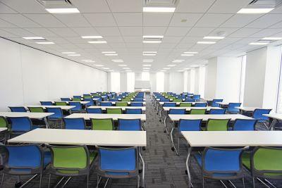 名古屋会議室 プライムセントラルタワー名古屋駅前店 第5会議室の室内の写真