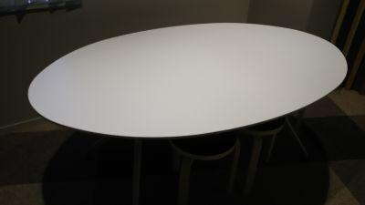 Good Work 会議室3番の設備の写真