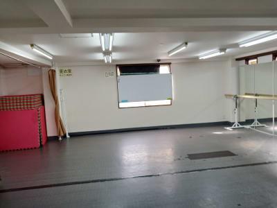 ホワイトボード - 北千住スタジオk 多目的ルーム, 格闘技道場、教室の設備の写真